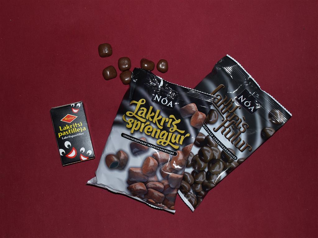 Die Isländer haben auch was übrig für Lakritz, sogar in der Kombi mit Schokolade. Sind wohl ebenfalls Seefahrer dran schuld.