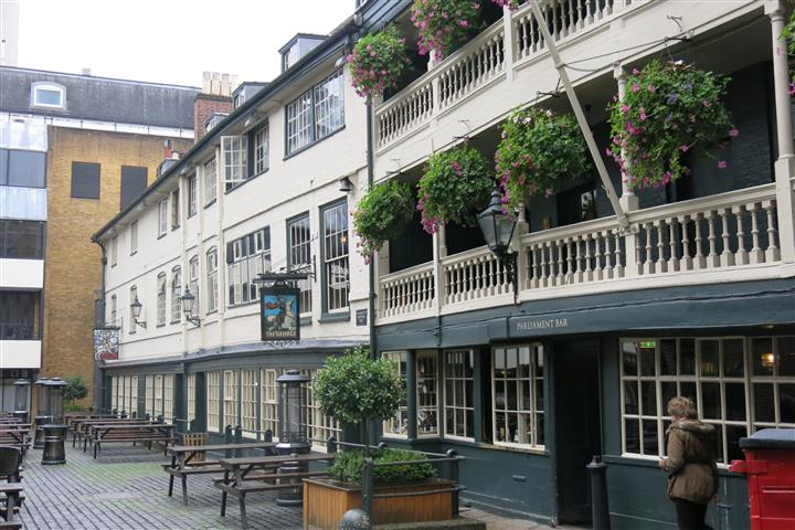 The George Inn London