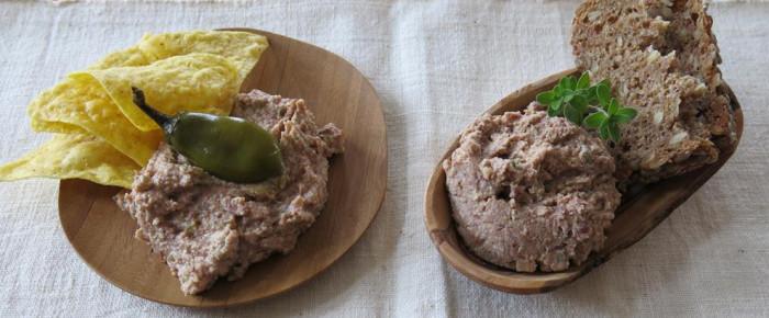 Brotaufstrich des Monats Juni: Zweifache Bohnen-Räuchertofu-Creme