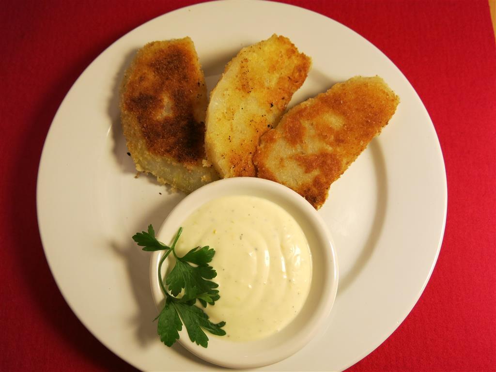 Sellerieschnitzel mit Salzzitronendip