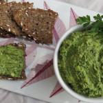 Brotaufstrich des Monats August: Zucchini-Kräuter-Aufstrich