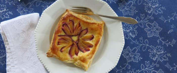 Die 40-Minuten-zwischendurch-Bäckerei: Zwetschgen-Marzipan-Teilchen
