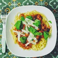 22_Pasta_Tomaten-Oliven-Bohnen-Sauce (Individuell)
