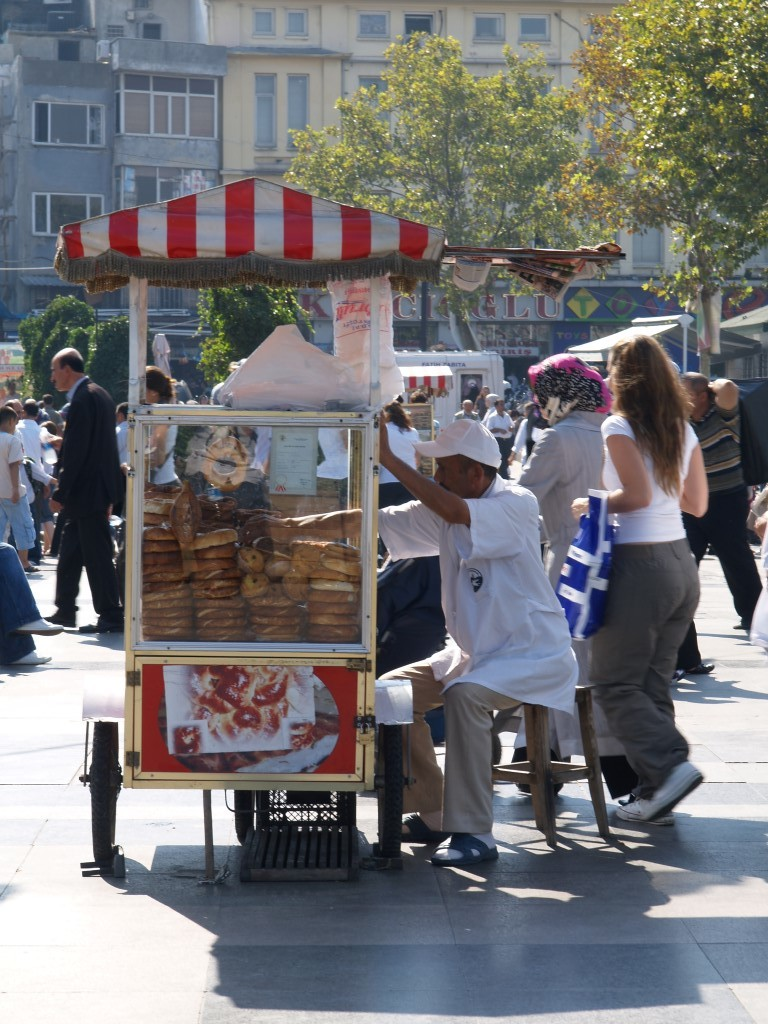 Simit-Verkäufer in Istanbul