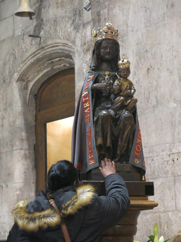 Schwarze Madonna Chandeleur