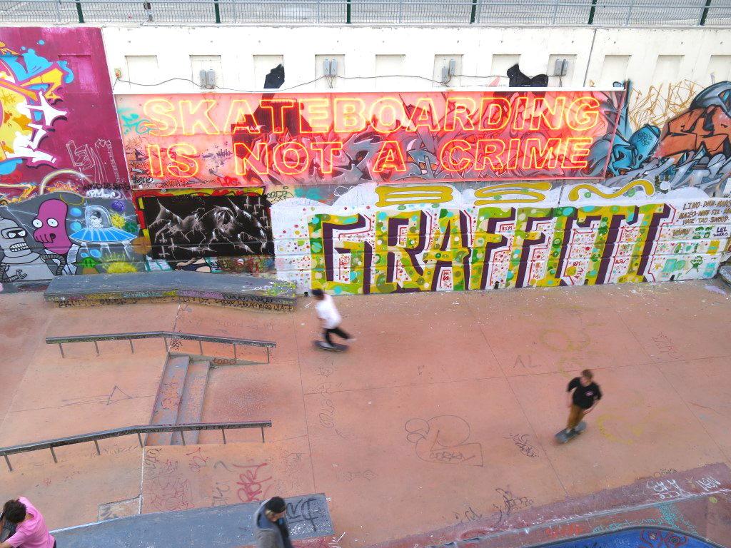 Skateboarding im Kulturzentrum La Friche